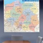 Mapa ścienna, oprawiona w ramkę